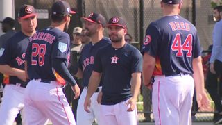 Astros enjoying first full squad day&#x3b; Altuve healthy once again