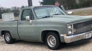 Thieves steal classic Chevy from auto shop near Tomball