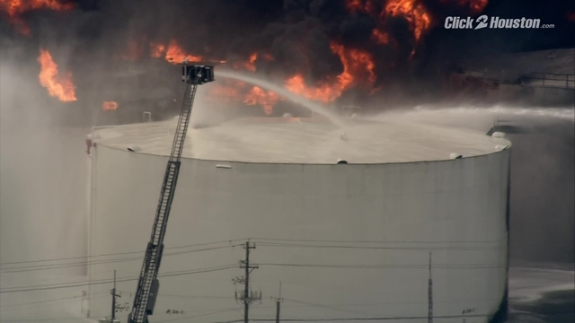 Sky2 shows before and after images of the Deer Park fire