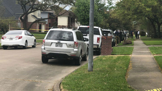HPD sergeant taken into custody after being wanted in Pearland murder&hellip&#x3b;
