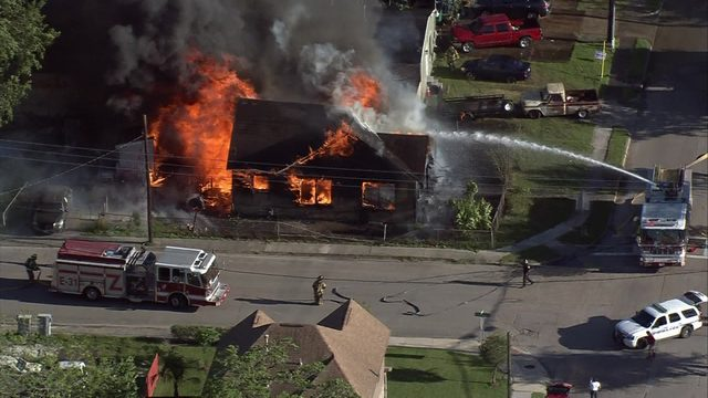 Fast-moving flames destroy Pasadena house