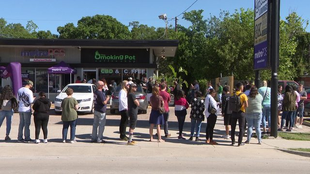 New CBD coffee shop opens in Houston to scores of enthusiastic customers