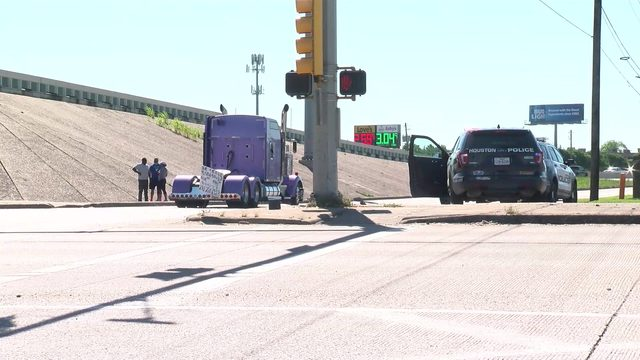 Woman hit, killed by 18-wheeler on McCarty at 610 North Loop feeder