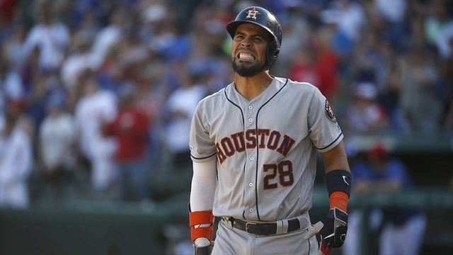 Rally falls short, Rangers hold on to beat Astros 11-10