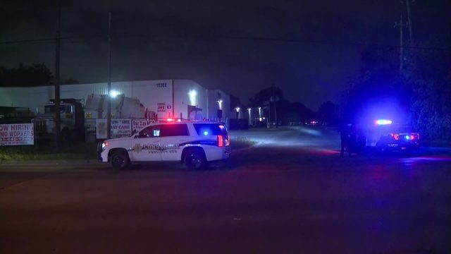 4 on the run after hour-long chase through north Harris County
