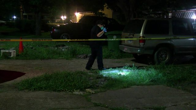 HPD: Father shoots at teens targeting son