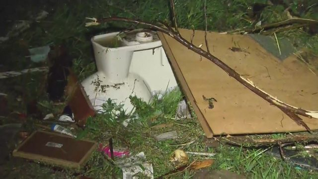 3 dead after violent tornadoes, storms rip through Missouri