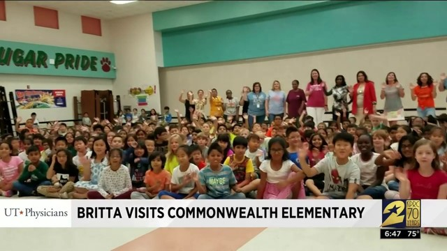 Britta visits Commonwealth Elementary School