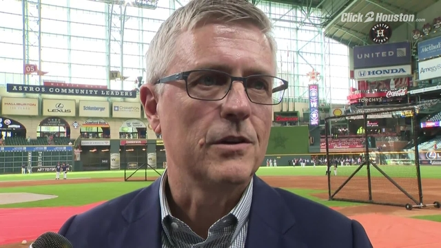 Astros GM Jeff Luhnow discusses injury to shortstop Carlos Correa