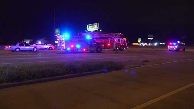Woman trying to cross North Freeway hit, killed by passing vehicle, police say