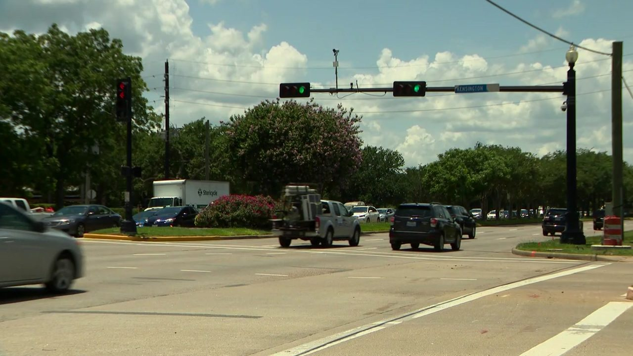 Turned off! Sugar Land residents react to red-light traffic