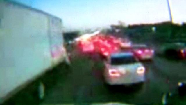 Dashcam video of North Freeway pileup