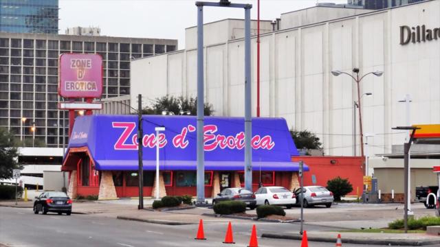 Zone d'Erotica in Galleria area closes its doors