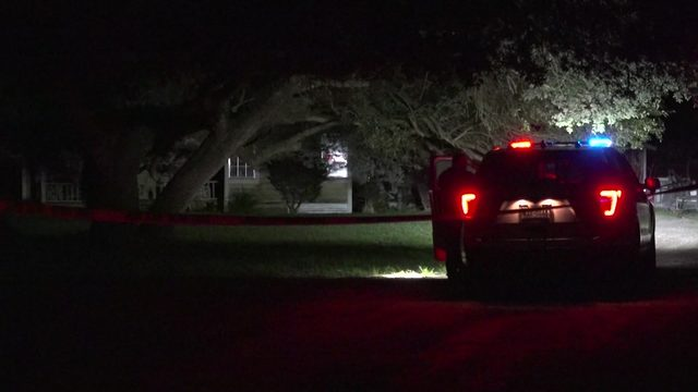 Man shot, dog found dead after roommate dispute ends in shootout, deputies say