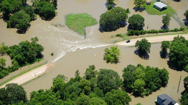 Heavy rains bring flooding, damage to Fort Bend County on Thursday