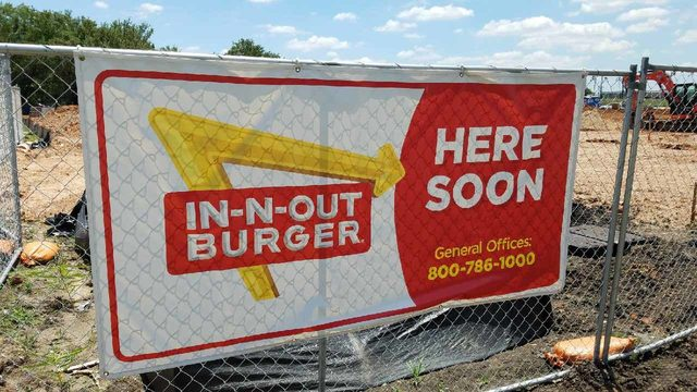 It's a sign! In-N-Out Burger coming soon to Stafford
