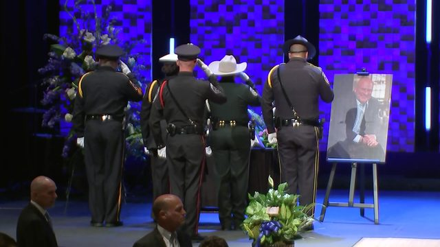 Final goodbye: Kemah police chief to be honored with memorial procession