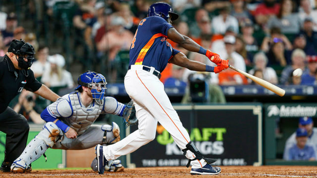 Rookie Alvarez homers again, Astros top Blue Jays 7-2