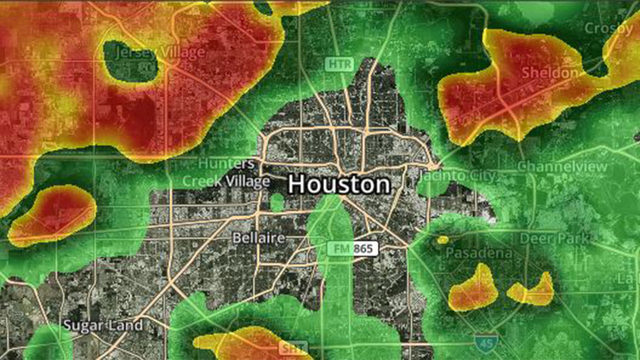 RADAR: Scattered thunderstorms move through Houston region