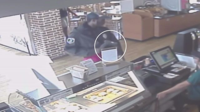 Customers scramble during armed robbery at Houston deli