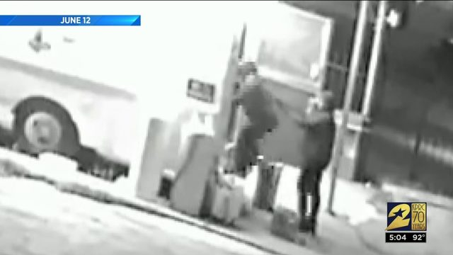 Armed robbers targeting taco trucks