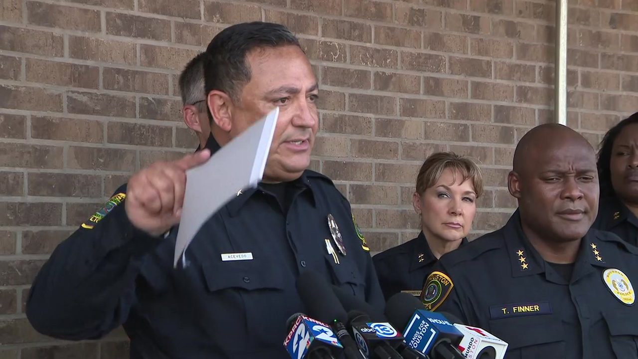 Acevedo blasts Harris County judges, DA's office on lenient