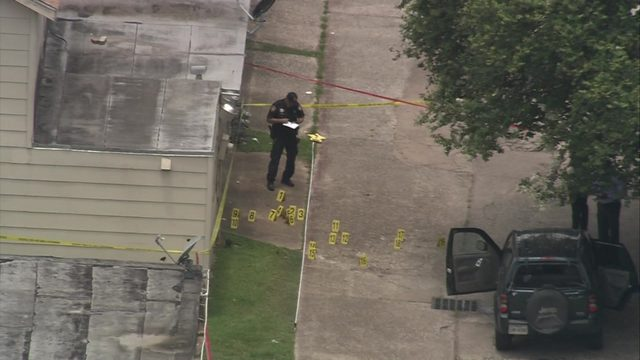 Large investigation underway at scene of deadly shooting in Aldine