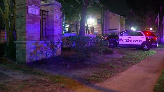 Teen killed, another in custody after shooting at apartment complex