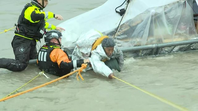 'I would've managed': Homeless man pulled from Brays Bayou as waters rise