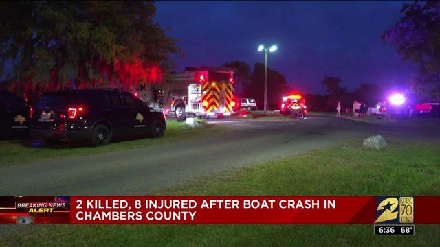 2 killed in Chambers County boat crash