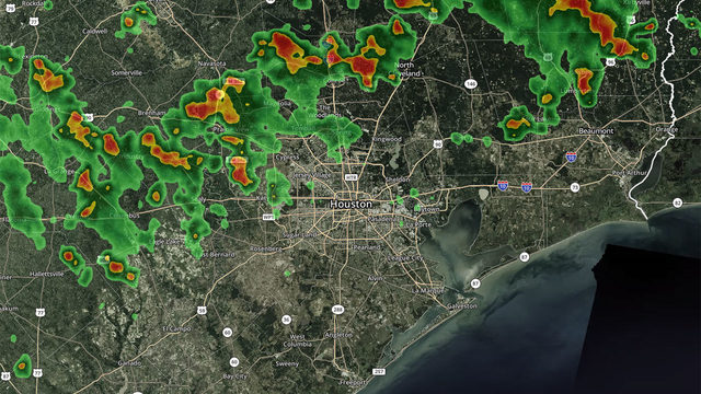 RADAR: Rain moves through Houston area