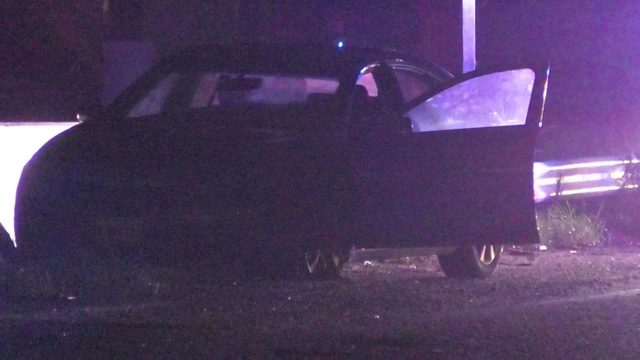 2 people shot, 3 arrested after chase ends in League City