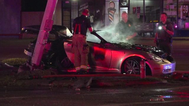 Houston officers pull 2 from burning vehicle after chase ends in fiery crash