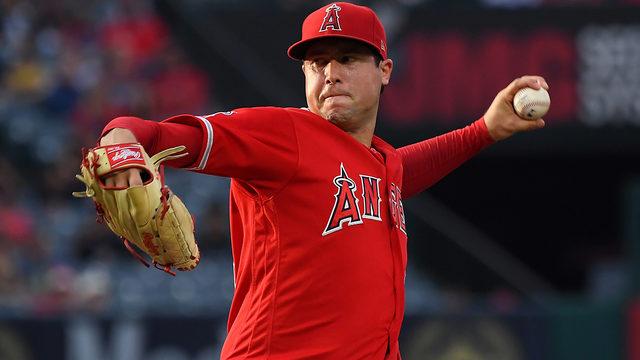 Angels pitcher Tyler Skaggs dies in Texas, team says
