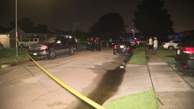 Mother of four in critical condition after drive-by shooting in Pasadena