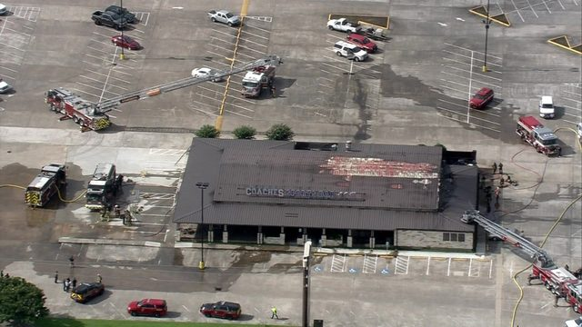 2 firefighters treated during 3-alarm blaze at Atascocita bar, officials say