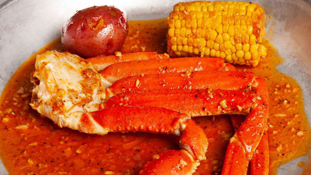 New Orleans-inspired restaurant, The Juicy Crab, opens its doors in…