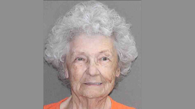 Cold case update: 84-year-old Texas woman arrested in shotgun death of…