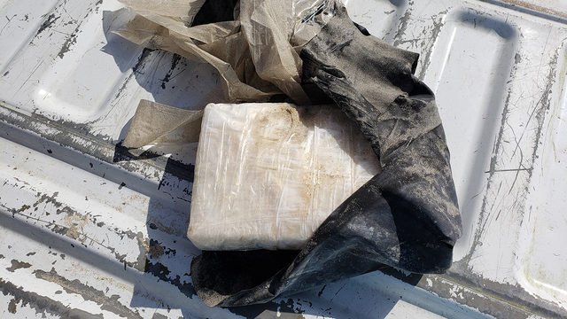 Women find brick of cocaine while walking on Bolivar beach