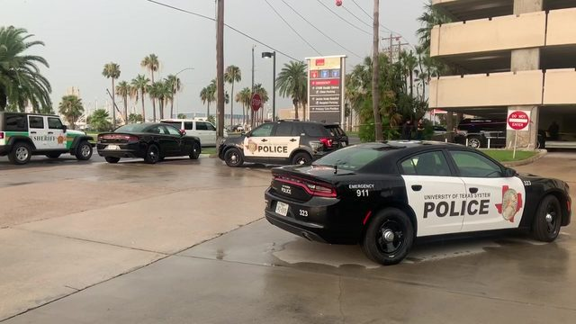Deputies: Inmate shot while trying to escape from Galveston hospital