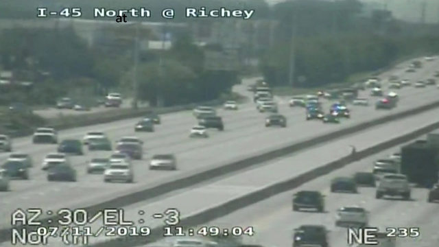 2 in custody after police chase ends in north Houston
