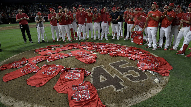 No hits for No. 45: Angels honor Tyler Skaggs with no-hitter, win