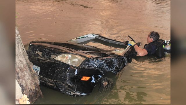 Missing man's vehicle pulled from Trinity River, officials say