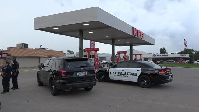 2 vehicles sought in connection with fatal shooting near H-E-B gas…