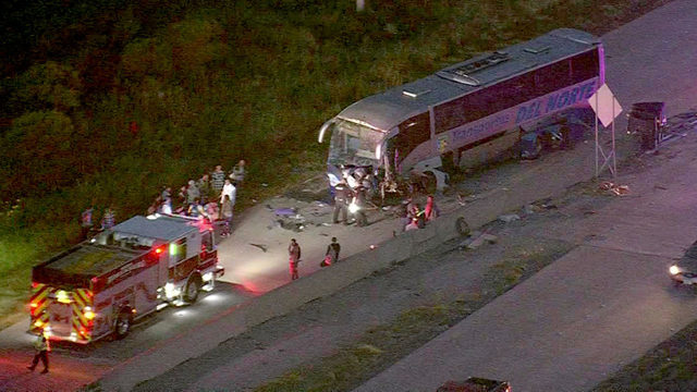 Charter bus badly damaged after Rosenberg crash