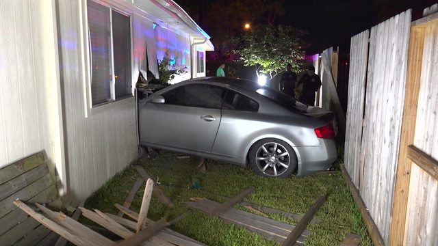 Witnesses blame racing for car crashing into southwest Houston home