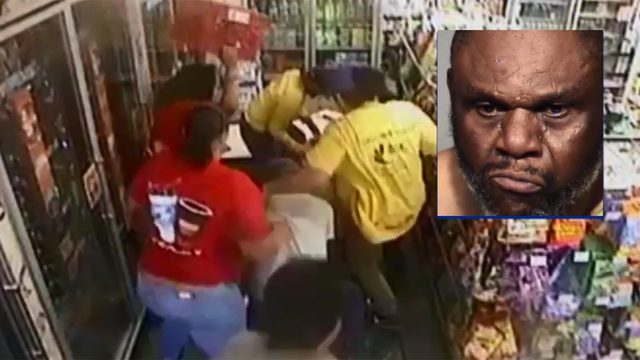 VIDEO: Customers tackle murder suspect amid chaos of convenience store robbery