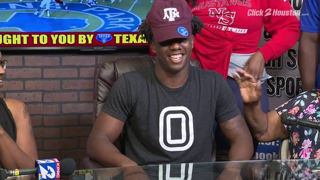 North Shore WR Shadrach Banks commits to Texas A&M University