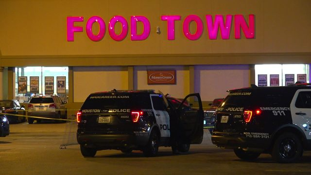 Shooting victim found in grocery store parking lot