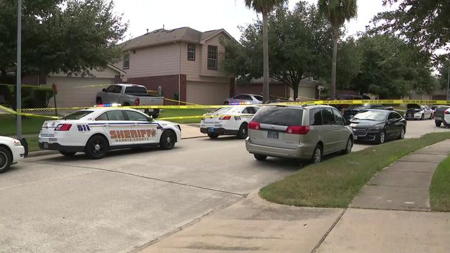 Woman dies, man injured after being shot during fight over gun, deputies say